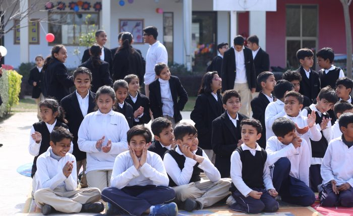 Middle School KIds at Maktab